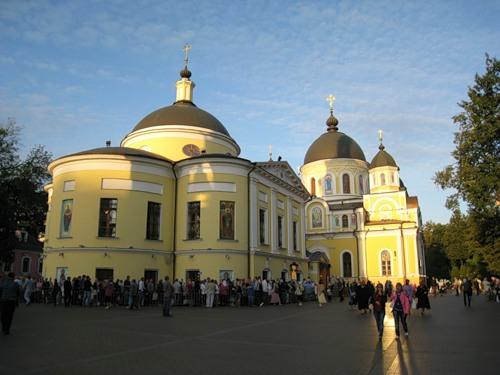 церковь святой матроны москва