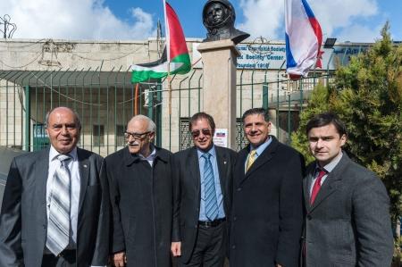 В Вифлееме открыли монумент Гагарина