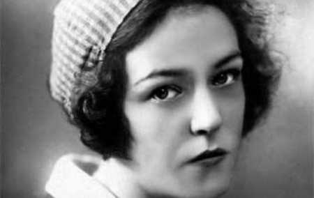105 лет назад родилась (а может быть, и не родилась, но об этом — позже) Вероника Тушнова